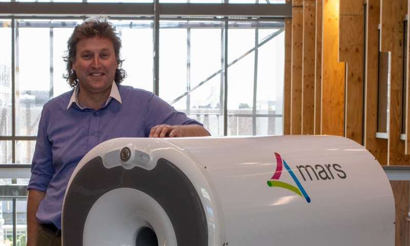 3-D colour scanner invented by Otago professor to be tested in international trial
